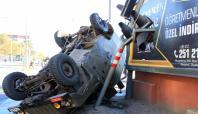 Kırmızı ışıkta geçen zırhlı araç kazaya neden oldu