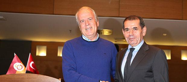 Galatasaray'da Mustafa Denizli dönemi başladı