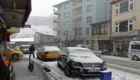 Bitlis'e mevsimin ilk karı düştü