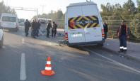 Öğrenci servisi kamyonla çarpıştı: 11 yaralı