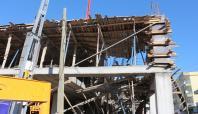 İnşaat tavanı çöktü 1 işçi yaralandı