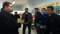 Bismilli öğrenciler marketlerde gıda denetimi yaptı