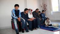 Çatışmalardan kaçan ailenin dramı yürek burkuyor