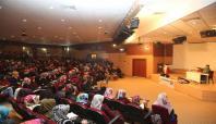 Iğdır Üniversitesinde 'Gençlik Rehberliği' konferansı