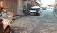 Adana'da PKK'liler 8 aracı kundakladı