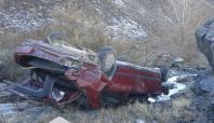 Otomobil 40 metrelik uçuruma yuvarlandı: 3 ölü (GÜNCELLENDİ)