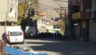 Cizre'de yaşanan çatışmalarda 4 kişi yaralandı
