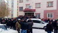 DBP İl Binasına baskın: 2 gözaltı