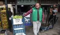 Olaylar nedeniyle Adana'dan bölgeye sebze sevkiyatı durdu