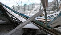 Kar nedeni ile spor tesisinin çatısı çöktü