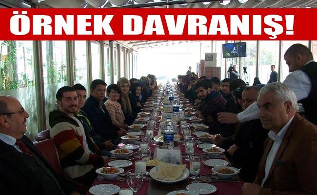 ŞANDER Ankara'daki Urfalı öğrencilere yemek verdi