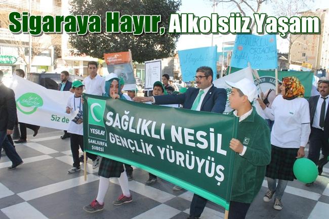 Şanlıurfa Yeşilay Şubesi'den 'sigaraya hayır' yürüyüşü