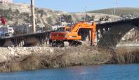 Birecik Köprüsü'nün bakımı 2 yıl sürecek