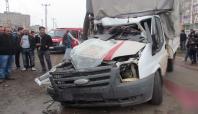 Siverek'te trafik kazası: biri ağır 3 yaralı