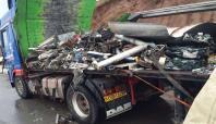 Kaza yapan TIR'da 35 kilo esrar ele geçirildi