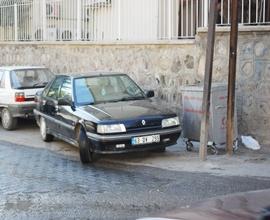 Aracını Yolun Ortasına Park edince