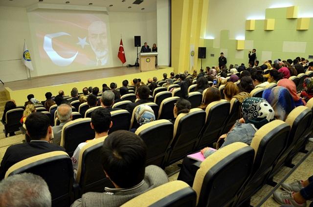 Mehmet Akif Ersoy'la İlgili İlginç Abdülkadir Karahan Anısı...