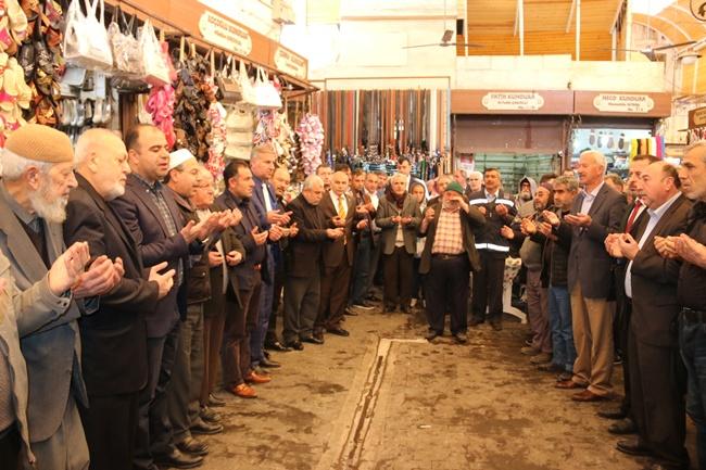 Urfa'daki Geleneksel Bereket Duası Siyasetçilerin uğrak yeri oldu