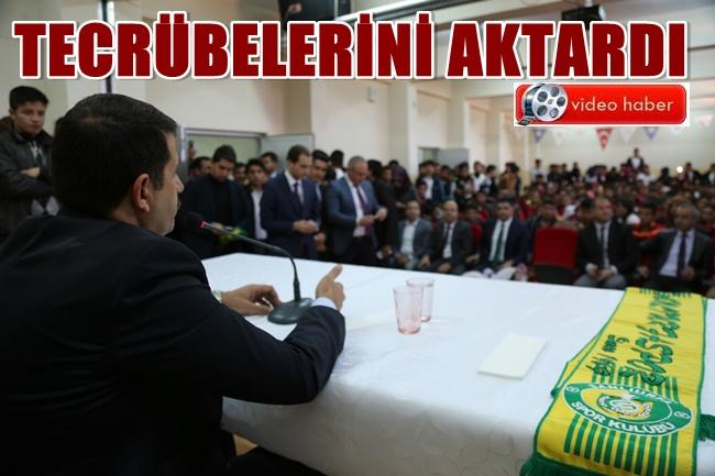 Başkan Mehmet Ekinci öğrencilere konferans verdi