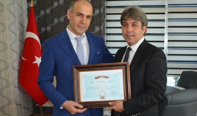 Urfa'da yılın doktoru seçildi - kim seçildi?
