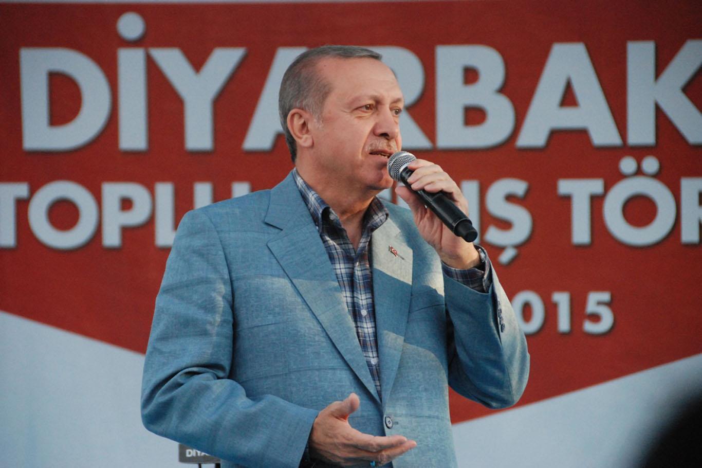 Erdoğan toplu açılışlar için Diyarbakır'da