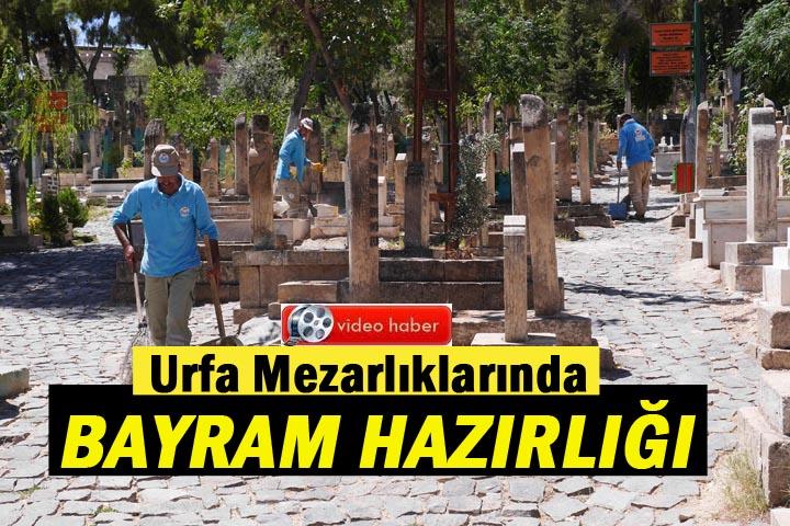 Urfa Mezarlıklarında Bayram Hazırlığı