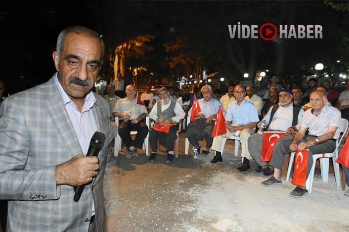 Hilvan'da, Milli İrade ve Demokrasi Nöbeti devam ediyor