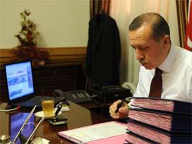 Erdoğan, Köşe yazarı oldu