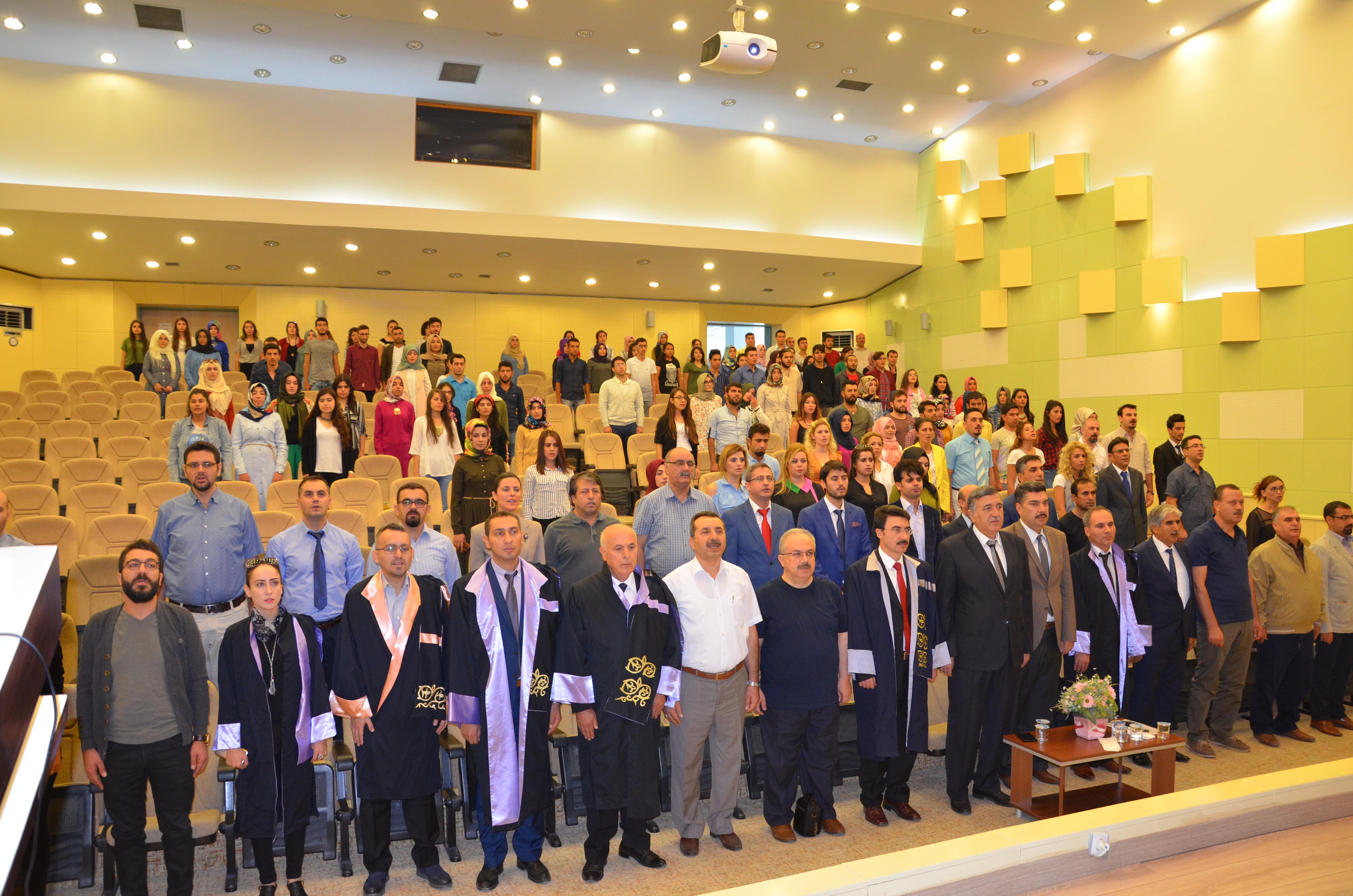 Harran Üniversitesinde Akademik Yıl Açılış Programı Düzenlendi