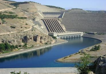 23 Atatürk barajını havaya üfledik