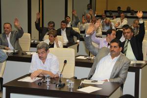 Belediye meclisi soru önergelerini görüştü