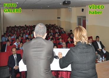 İl İnsan haklarından öğrencilere 'İnsan Hakları' paneli