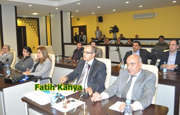 Belediye meclisinden Kahya istifa etti