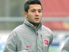Yıldıray Baştürk futbolu bıraktı