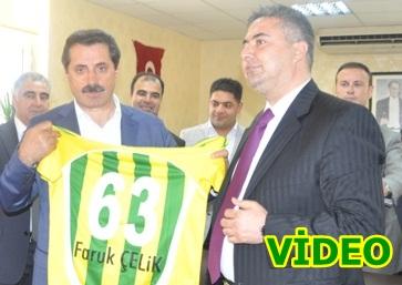 Bakan Çelik, Urfaspor onursal başkanı oldu