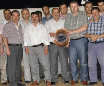 OSM'den Çakır'a yemekli veda