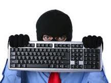 Kendi işyerinden bilgisayar çaldı yakalandı