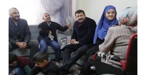 Başkan Ekinci'den o aileye ziyaret