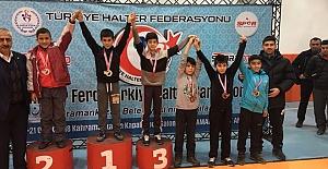 Genç Halterciler Urfa'ya üçüncülükle döndüler