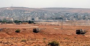 Şanlıurfa'dan Suriye Sınırına askeri sevkiyat Yapıldı