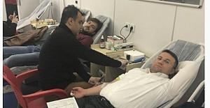 Viranşehir'deki Kan Bağışı Kampanyasına Kaymakamdan Destek