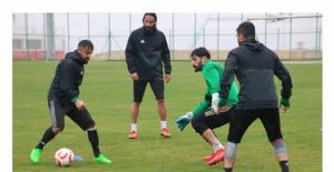 Urfaspor Kırklarelispor maçının hazırlıklarını