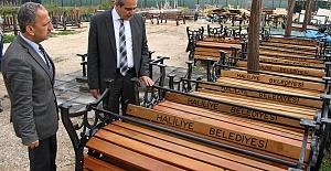 Başkan Demirkol, Geri Dönüşüm Atölyesinde İncelemelerde Bulundu