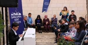 Şanlıurfa Kent Konseyinden Mini Piyano Dinletisi