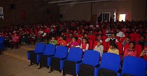 Urfa Büyükşehir 200 öğrenciye ücretsiz sinema keyfi yaşattı