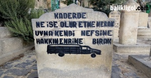 Mezar Taşları Nasıl Öldüklerini Anlatıyor?