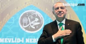 Başkan Erdoğan: Gençliği ihmal eden milletin geleceği tehdit altındadır