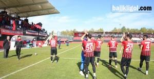 Karaköprü Belediyespor Evinde Gebzespor'u 2 - 0 Mağlup Etti