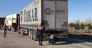 Jandarma bu kez ağır yük taşıyan araçların denetledi