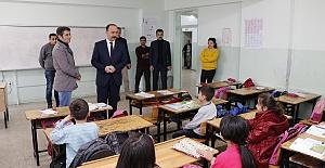 Urfa'da Okulları Denetleyen Vali Temizlik Uyarısında Bulundu